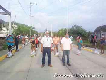Colonos de Los carriles recibieron despensa del ayuntamiento e Catemaco - Diario Eyipantla