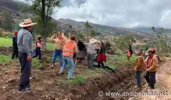 BAMBAMARCA : mujeres se enfrentan por apertura de carretera. - radio andina chota