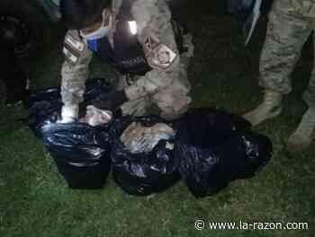 La Armada detiene en Puerto Quijarro a tres personas sospechosas en poder de $us 102.000 - La Razón (Bolivia)