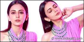 Popular heroine enjoys lockdown playing home Kabaddi! - Tamil News - IndiaGlitz.com