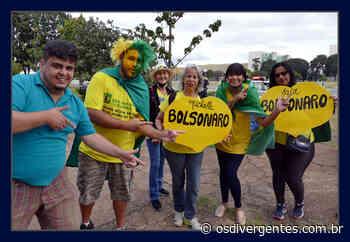 Apoiadores de Bolsonaro nas ruas de Brasilia. O clima é tenso - Os Divergentes