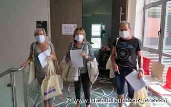 Mourenx : les masques en tissu distribués en porte à porte aux habitants - La République des Pyrénées