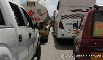 Alcaldesa de Dagua denuncia que opositores están bloqueando vías de ingreso al municipio - W Radio