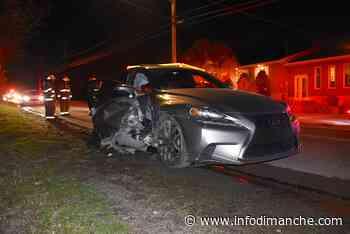 Une voiture heurte un muret de pierre à Rivière-du-Loup - Info Dimanche