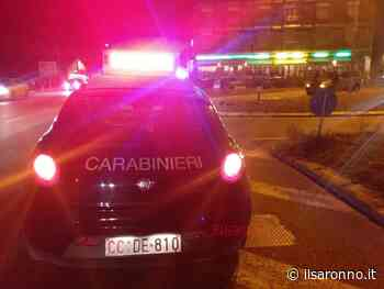 Inseguimento fra Cogliate e Ceriano: per scappare dai carabinieri si schianta contro un albero - ilSaronno