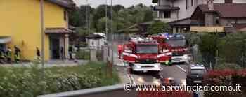 Mozzate, box in fiamme Mobilitati i vigili del fuoco - La Provincia di Como