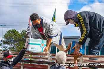 Drive thru solidário de Cotia arrecada mais de 8 toneladas de alimentos e produtos de higiene - Portal Visão Oeste