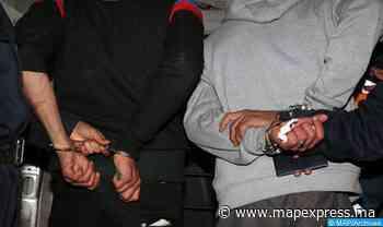 Dakhla : Interpellation de deux individus pour possession de chira, de sceaux administratifs et de permis de conduire - MAP Express