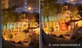Villaricca, regole Covid ignorate: ragazzini in strada a giocare a calcio di notte. Video - Teleclubitalia.it