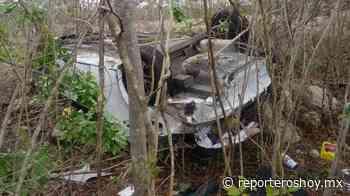 Aveo volcado y abandonado en la vía Cobá-Chemax - Reporteros Hoy