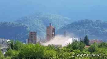 Il rumore di uno scoppio in cartiera ha allarmato cittadini di Tolmezzo - TGR Friuli Venezia Giulia - TGR – Rai