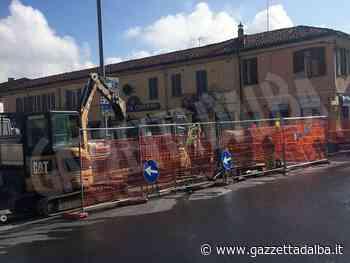 Lavori nella rotonda di via Vittorio Veneto a Bra, traffico deviato - http://gazzettadalba.it/