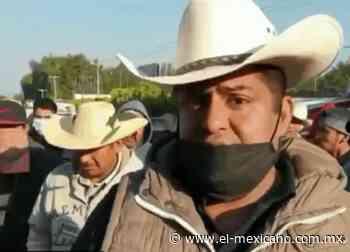 Bloquean carretera Zitacuaro por temor a ser contagiados de Covid-19 - El Mexicano Gran Diario Regional