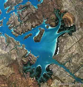 Saint George Basin in northwestern Australia • Earth.com - Earth.com