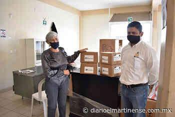 CITROFRUT dona gel antibacterial a hospital y clínicas de Tlapacoyan - Diario el Martinense