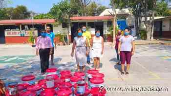 Ante necesidades, diputada de Morena dona pintura para escuela de Puerto Escondido - NVI Noticias