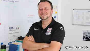 Trainingseinblicke beim HSV und RWE: Fußballtrainer Dario Miklic aus Gaildorf will sich immer mehr Wissen aneignen - SWP