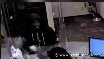 Buscan a mujer que presuntamente asaltó un banco en Miramar - Telemundo San Diego