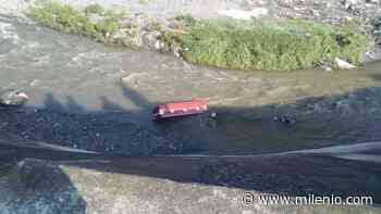 Hallan ataúd abandonado en el Río Hondo en Naucalpan - Milenio