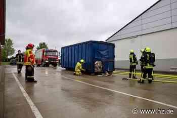 Feuer in Papierpresse: Supermarkt in Giengen kurzzeitig evakuiert - Heidenheimer Zeitung