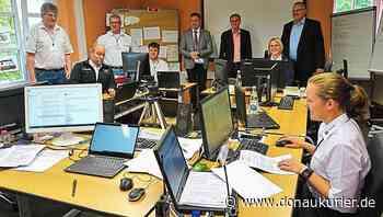 Hohenfels: Materialmangel als ständiger Begleiter - Lagezentrum in Hohenfels koordiniert die Arbeit des BRK-Bezirksverbands Niederbayern-Oberpfalz - donaukurier.de