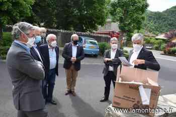 54.000 masques distribués à Aurillac (Cantal) vendredi 15 mai et samedi 16 mai dans dix points de retrait à Aurillac - Aurillac (15000) - La Montagne