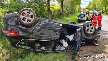 Unfall bei Ratzeburg: Autofahrer überschlägt sich mit seinem Wagen auf B207 | shz.de - shz.de