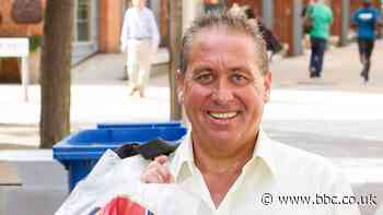 Kenny Sansom: Ex-Arsenal & England defender in hospital