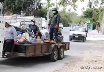 Retiran 40 toneladas de cacharros de viviendas de Bacalar - sipse.com