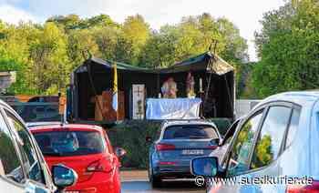 350 Besucher bei Premiere für Auto-Gottesdienst auf dem Kasernen-Gelände   SÜDKURIER Online - SÜDKURIER Online