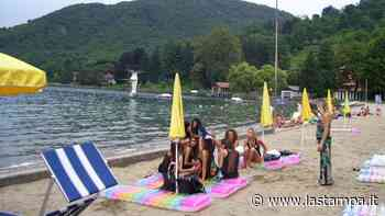Al lido di Gozzano la bandiera blu e il riconoscimento di spiaggia più pulita del Piemonte - La Stampa