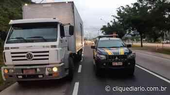 PRF apreende caminhão com chassi adulterado na BR-101, em Rio Bonito - Clique Diário