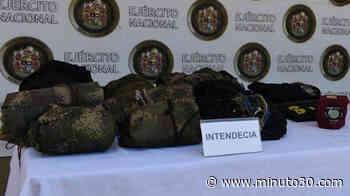 FOTO: Encuentran depósito ilegal con elementos alusivos a 'Los Caparros' en Caucasia, Bajo C ... - Minuto30.com