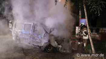 Transporter in Freital ausgebrannt - MDR