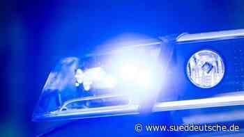 Lastwagenfahrer betäubt Zahnschmerzen mit Alkohol - Süddeutsche Zeitung
