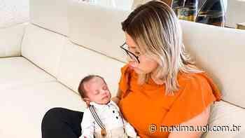 """Marilia Mendonça comemora 5 meses do filho Léo e presta linda homenagem: """"Eu nem sei como eu era antes de você"""" - Máxima"""