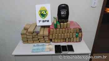 Polícia de Cruzeiro do Oeste interceptou veículo com cerca de 39 quilos de drogas - Arial