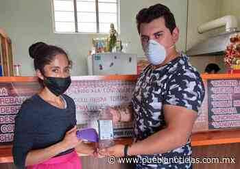 Entregan gel antibacterial a comercios esenciales de Chignahuapan - Puebla Noticias