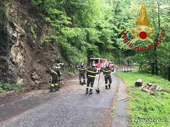 Smottamento a Valsolda: intervento dei vigili del fuoco di Menaggio e San Fedele. Senso unico alternato - ComoZero