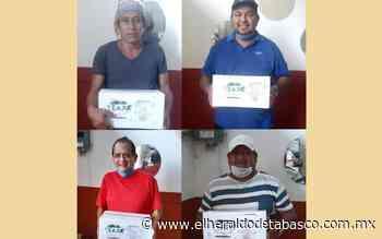Reciben apoyos músicos de Teapa - El Heraldo de Tabasco