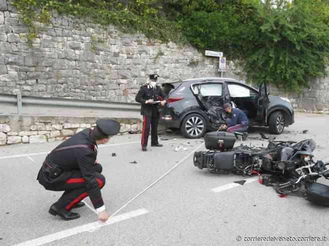 Bardolino, moto contro un auto: morto centauro veronese 34enne - Corriere della Sera