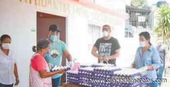 Entrega edil de Jojutla huevos a familias vulnerables - Diario de Morelos