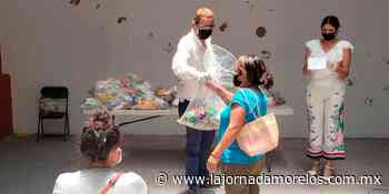 Ambulantes de Jojutla son auxiliados con despensas - La Jornada Morelos