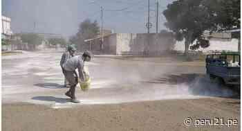 La Libertad: vecinos de Pacanga cubren calles con cal para protegerse del COVID-19 [FOTOS] - Diario Perú21
