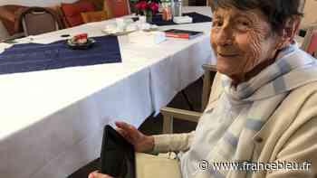 Déconfinement en Dordogne : les tablettes arrivent dans les EHPAD, exemple à Bergerac - France Bleu