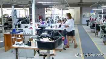 Fábrica de lingerie em Agudos suspende produção para confeccionar máscaras - G1