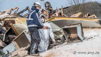 Brand in Donzdorf: Schreinerei brennt völlig aus - Feuerwehr im Großeinsatz - SWP