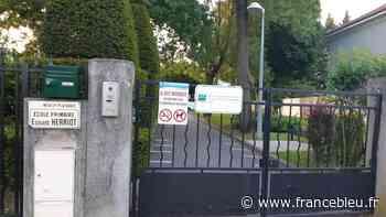Déconfinement : revivez la réouverture d'une école à Neuilly-Plaisance en Seine-Saint-Denis - France Bleu