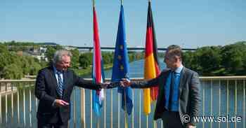 Maas besucht geöffnete Grenze zwischen Perl und Luxemburg - sol.de