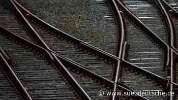 Verspätungen und Teilausfälle wegen Einsatz an Bahnstrecke - Süddeutsche Zeitung